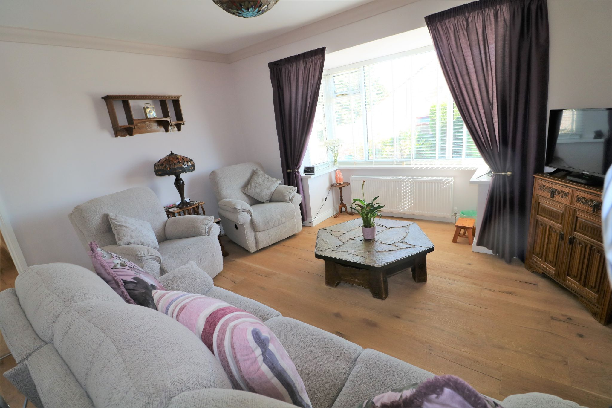 3 Bedroom Detached Bungalow For Sale - Photograph 2