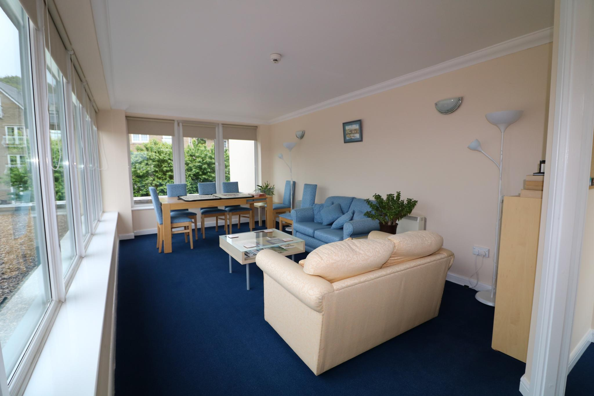 2 Bedroom Apartment Flat/apartment For Sale - Residents conservatory