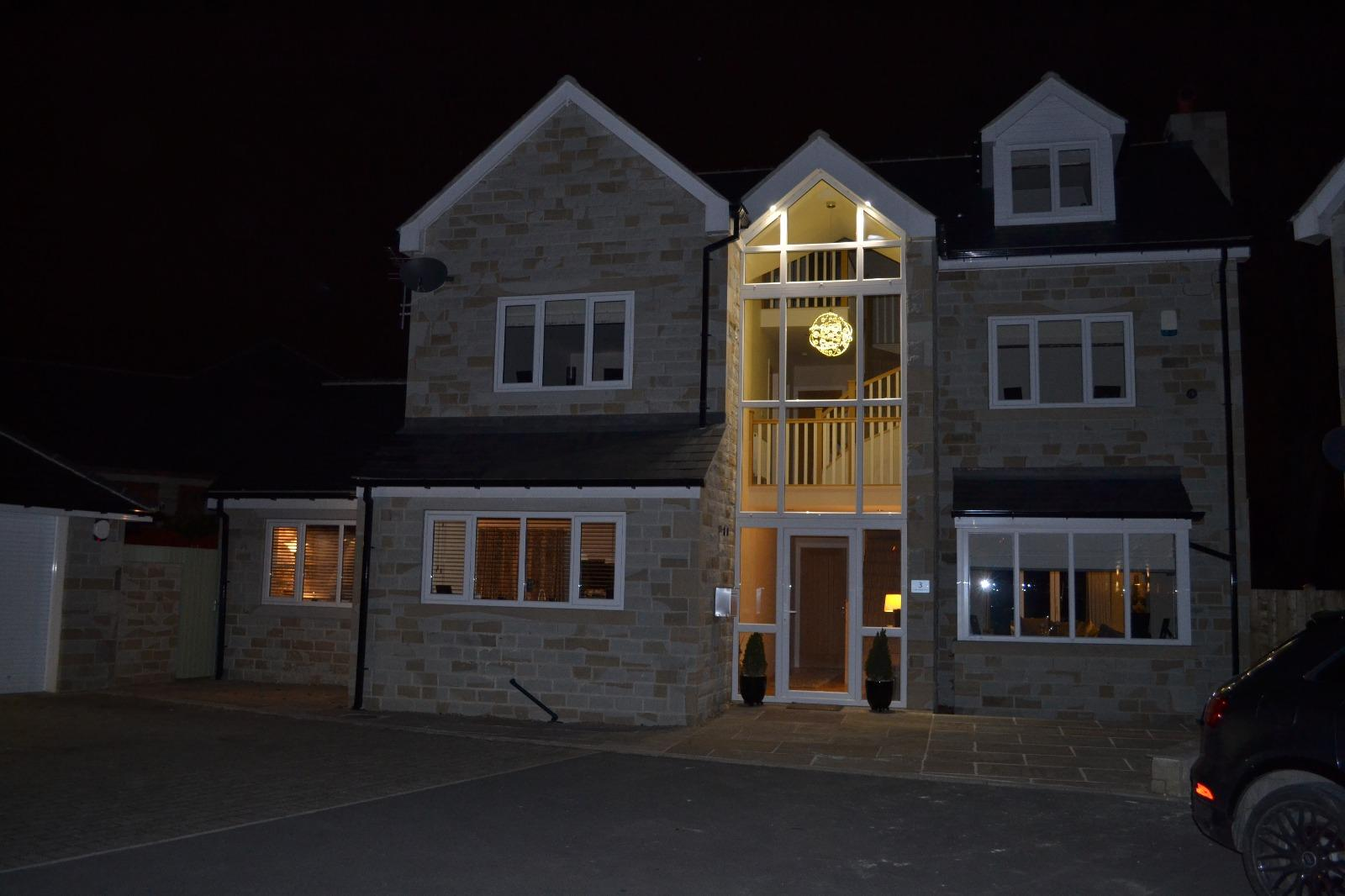 5 Bedroom Detached House For Sale - Photograph 44