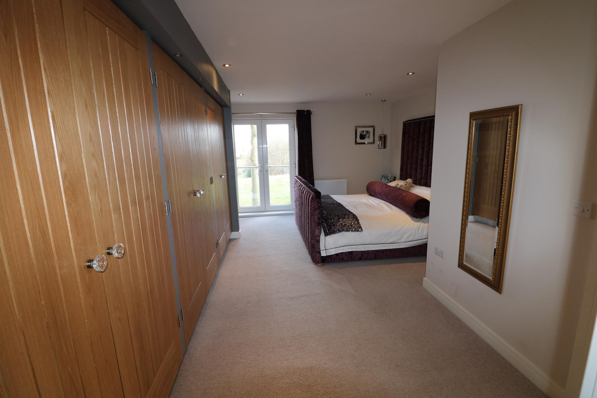 5 Bedroom Detached House For Sale - Photograph 29