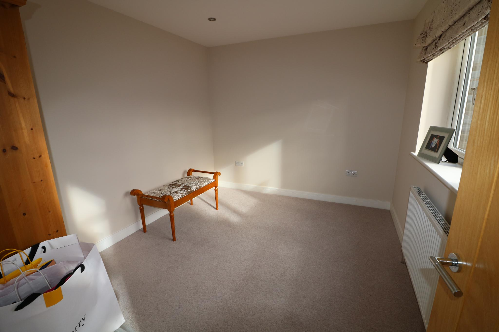 5 Bedroom Detached House For Sale - Photograph 34