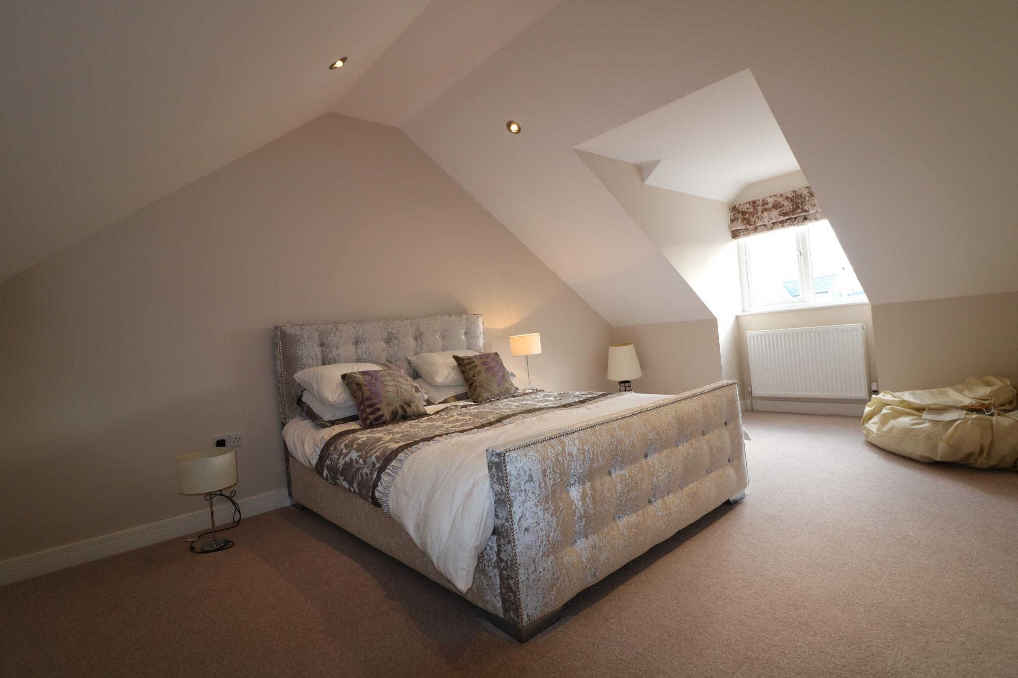 5 Bedroom Detached House For Sale - Photograph 40