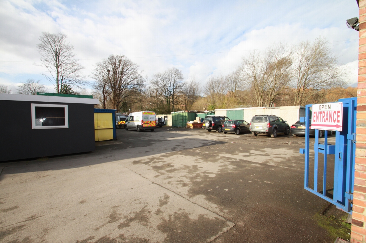 Business Park For Sale - Photograph 9