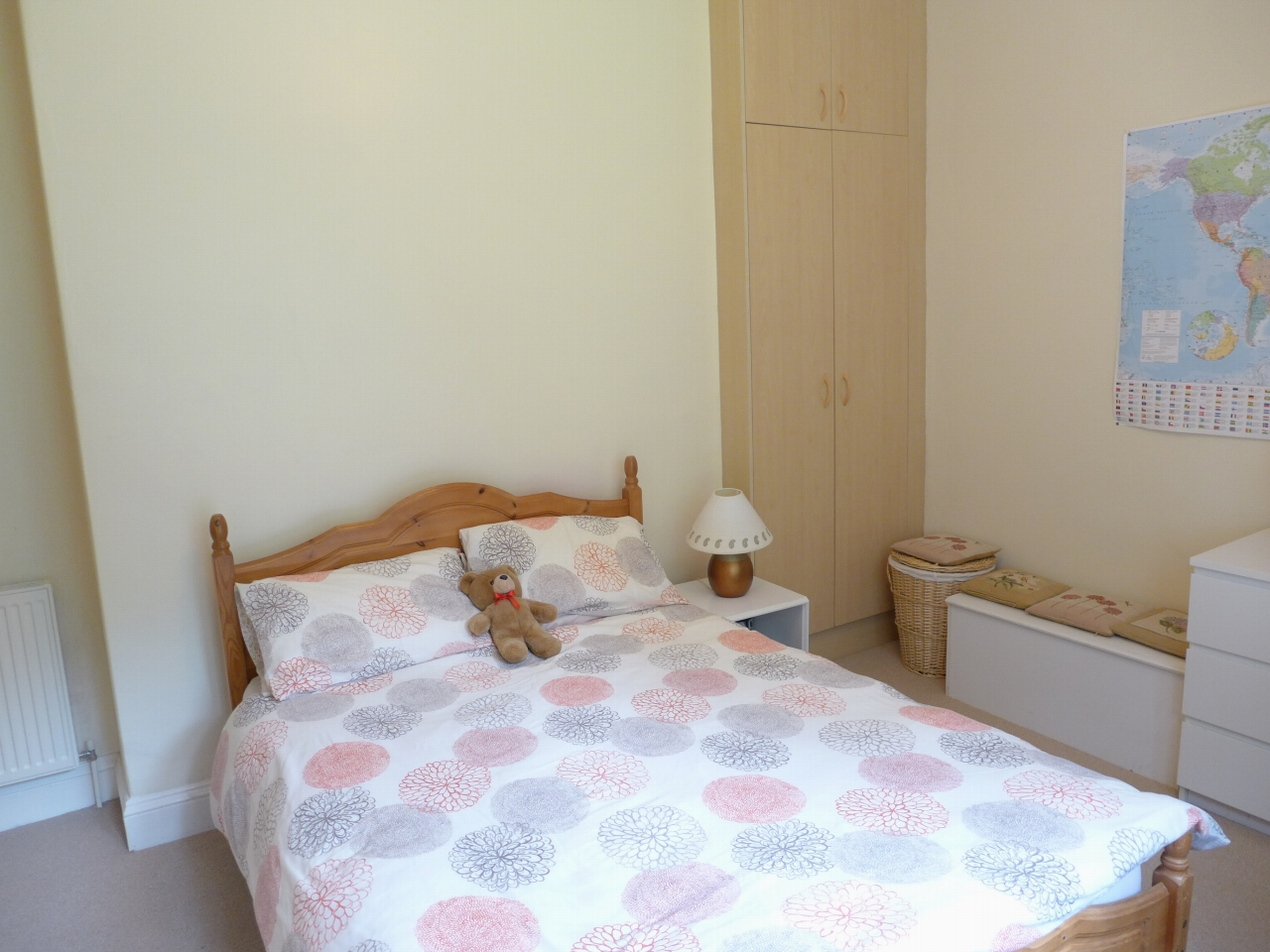 3 bedroom end terraced house For Sale in Calderdale - Photograph 8.