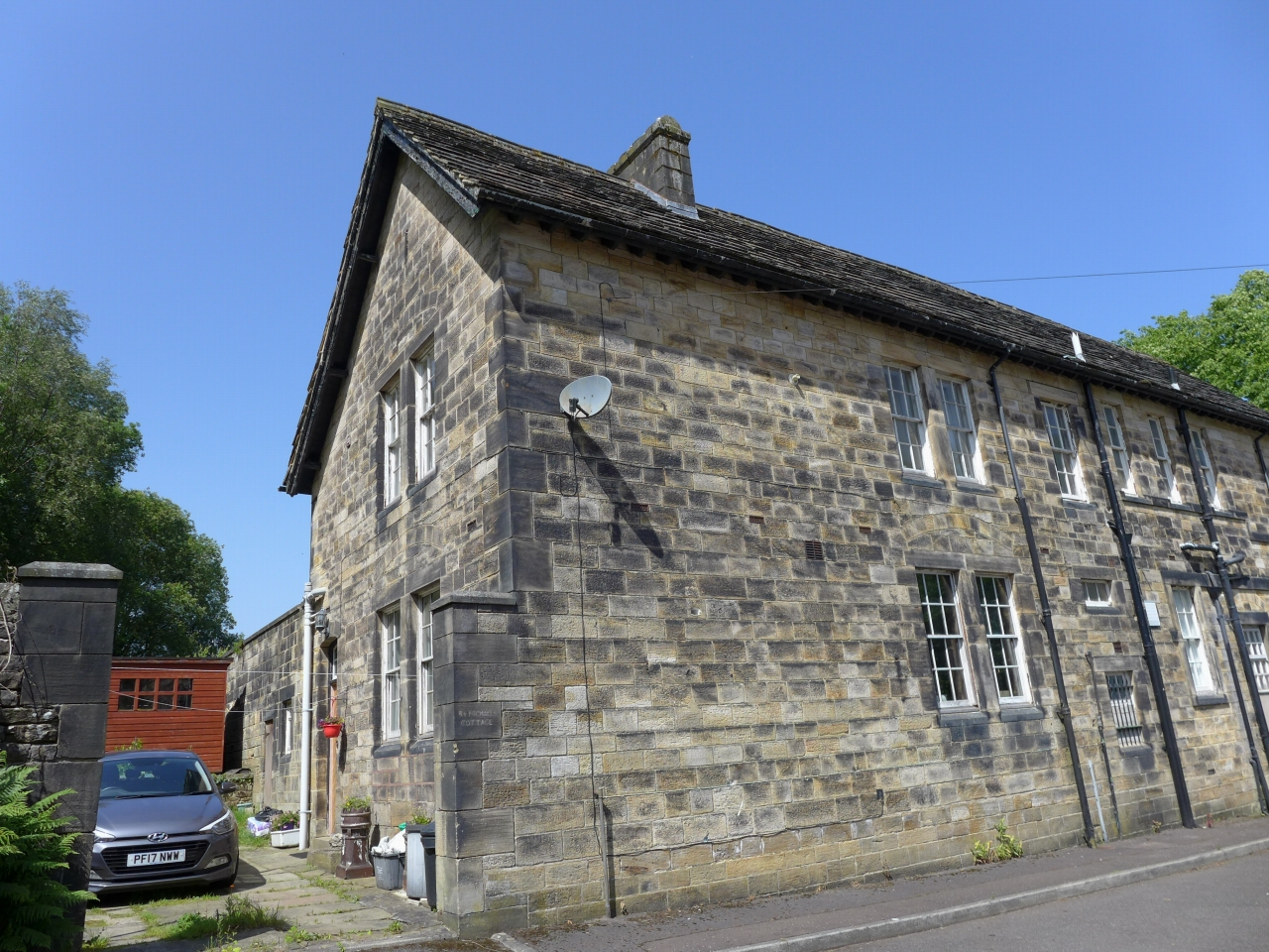 3 bedroom end terraced house For Sale in Calderdale - Photograph 12.