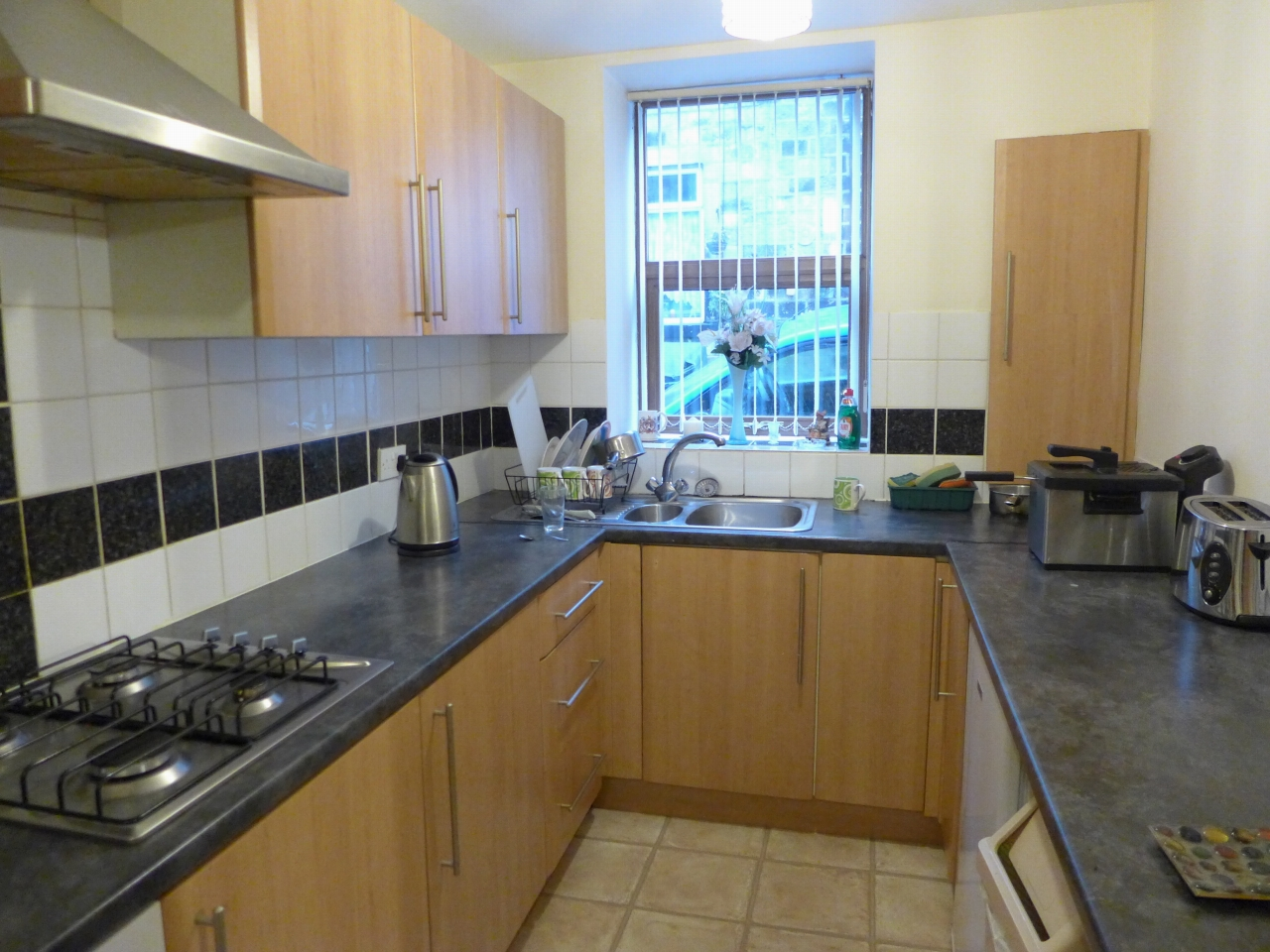 2 bedroom apartment flat/apartment For Sale in Calderdale - Photograph 4.