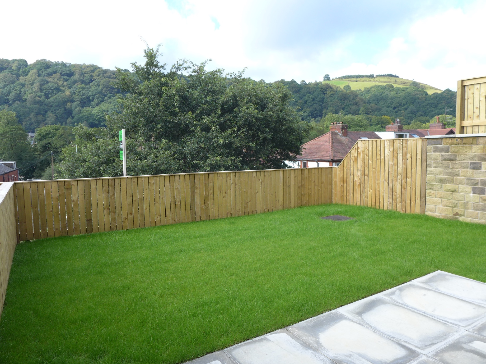 Semi-detached House For Sale in Todmorden - Photograph 15.
