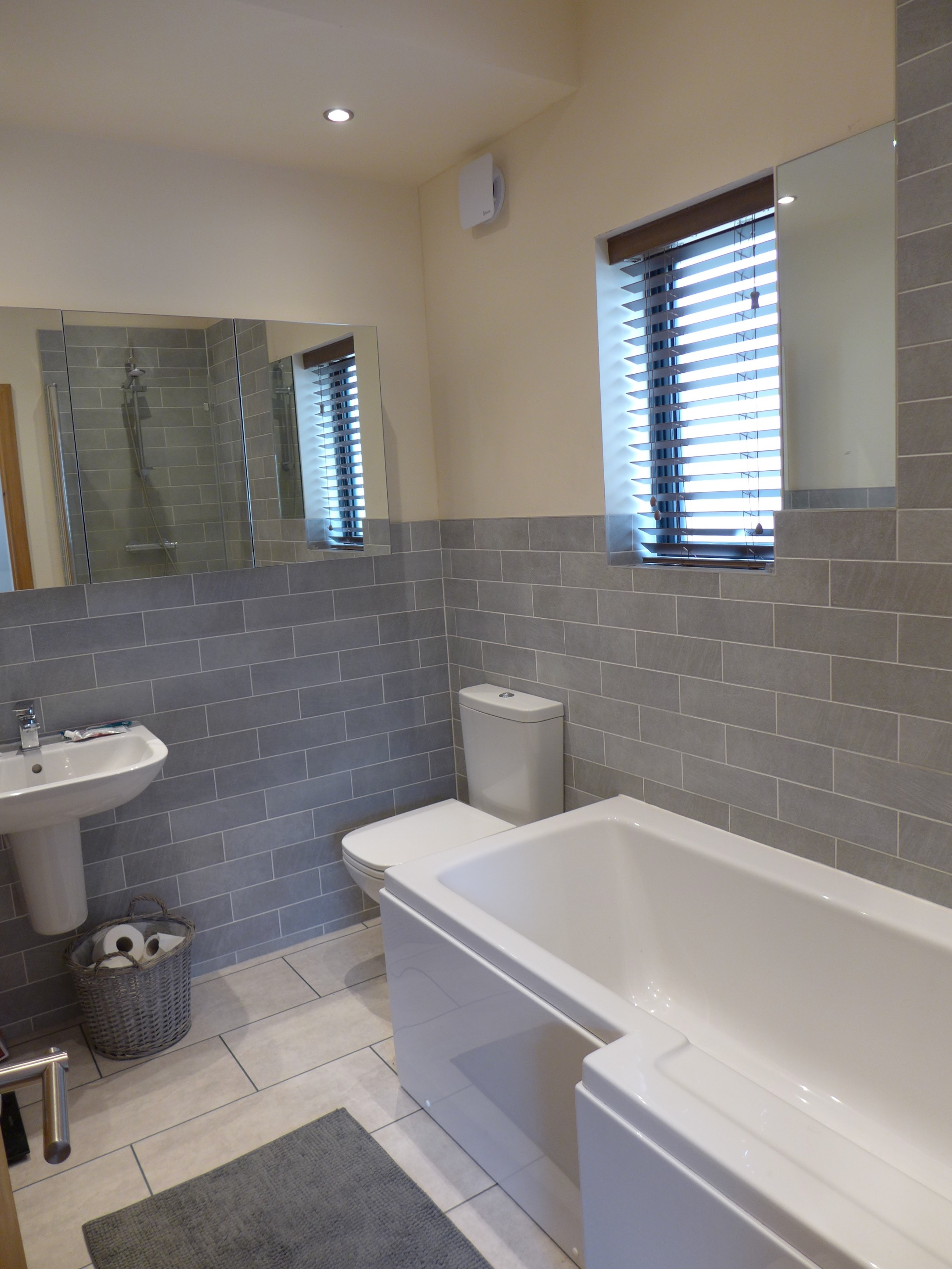Semi-detached House For Sale in Todmorden - Photograph 10.
