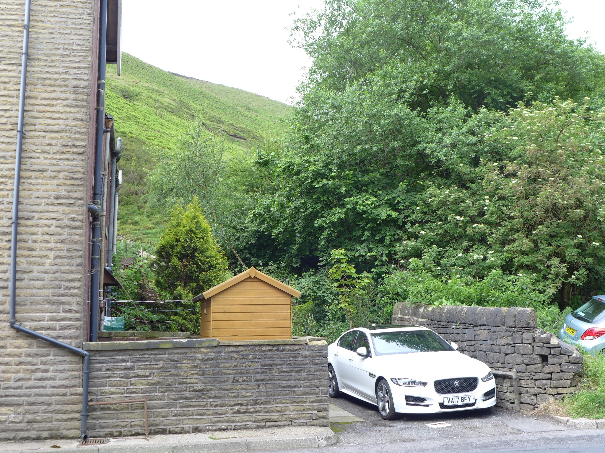 3 bedroom end terraced house For Sale in Todmorden - Photograph 18.
