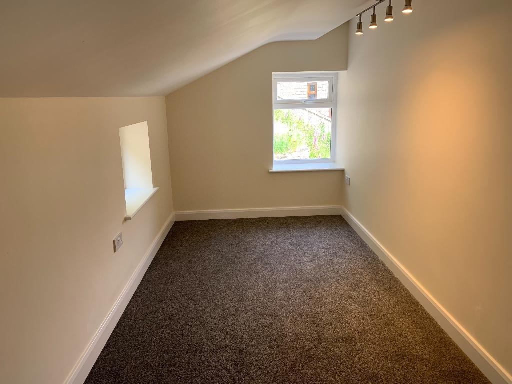 2 bedroom semi-detached house For Sale in Todmorden - Photograph 9.