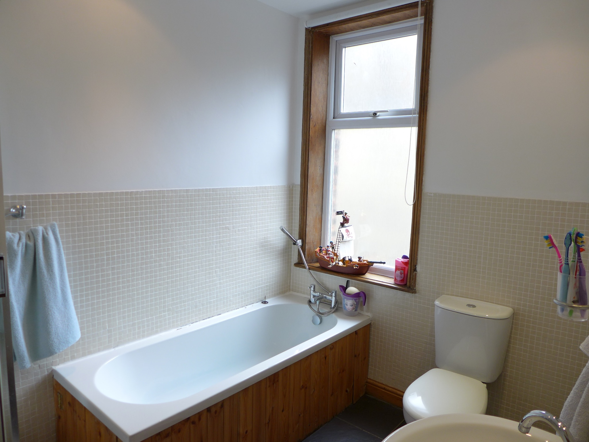 3 bedroom mid terraced house For Sale in Todmorden - Photograph 10.