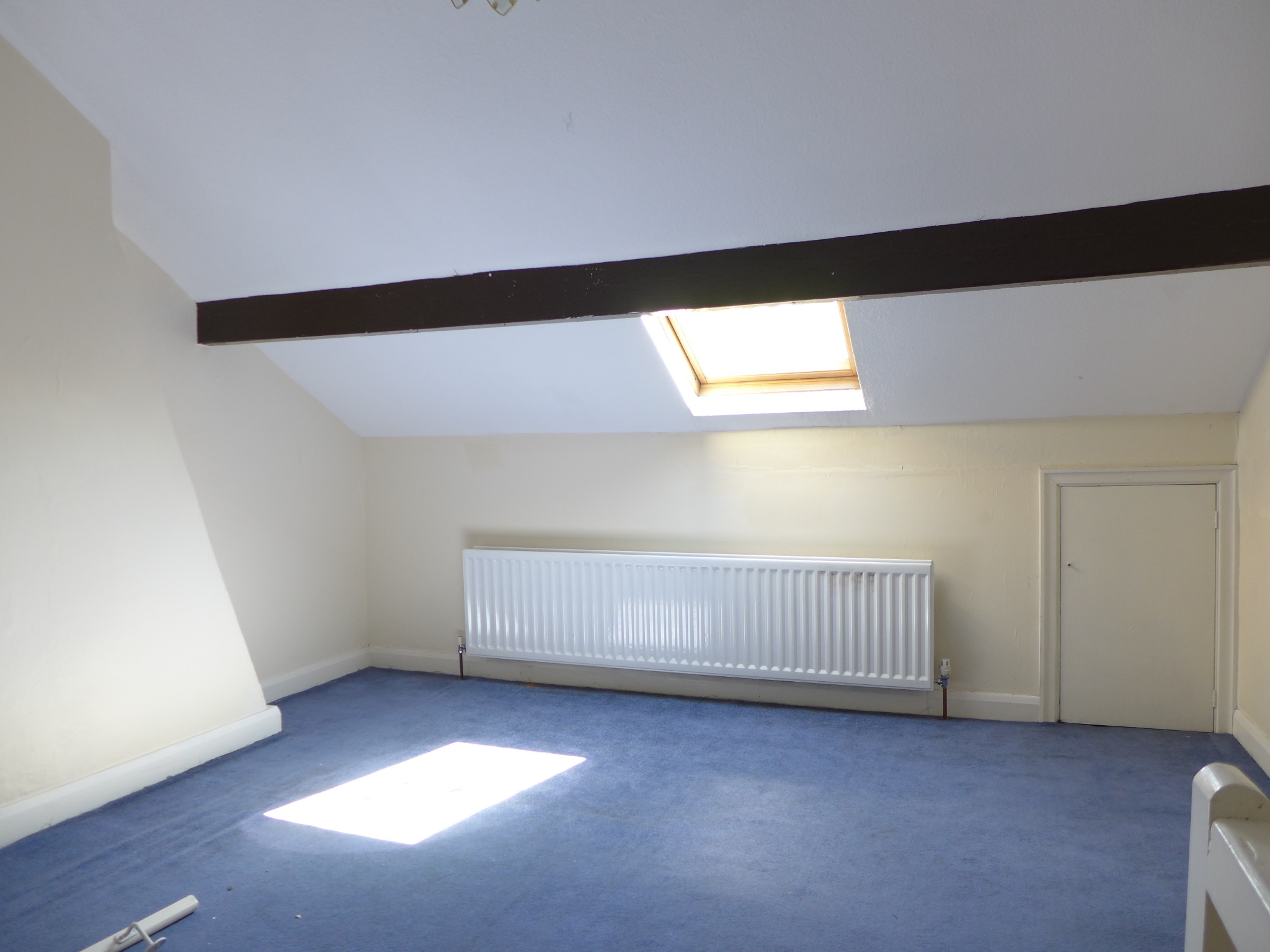 3 bedroom mid terraced house For Sale in Todmorden - Photograph 9.