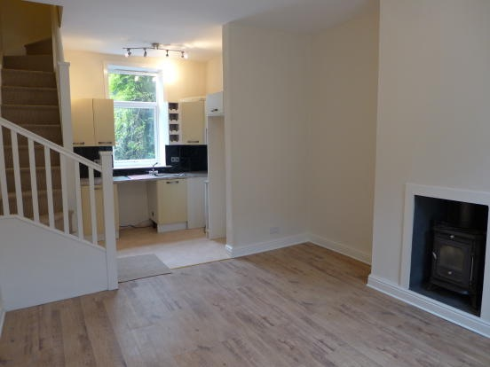 2 bedroom mid terraced house For Sale in Todmorden - Photograph 2.