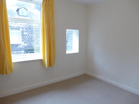 2 bedroom mid terraced house For Sale in Todmorden - Photograph 6.