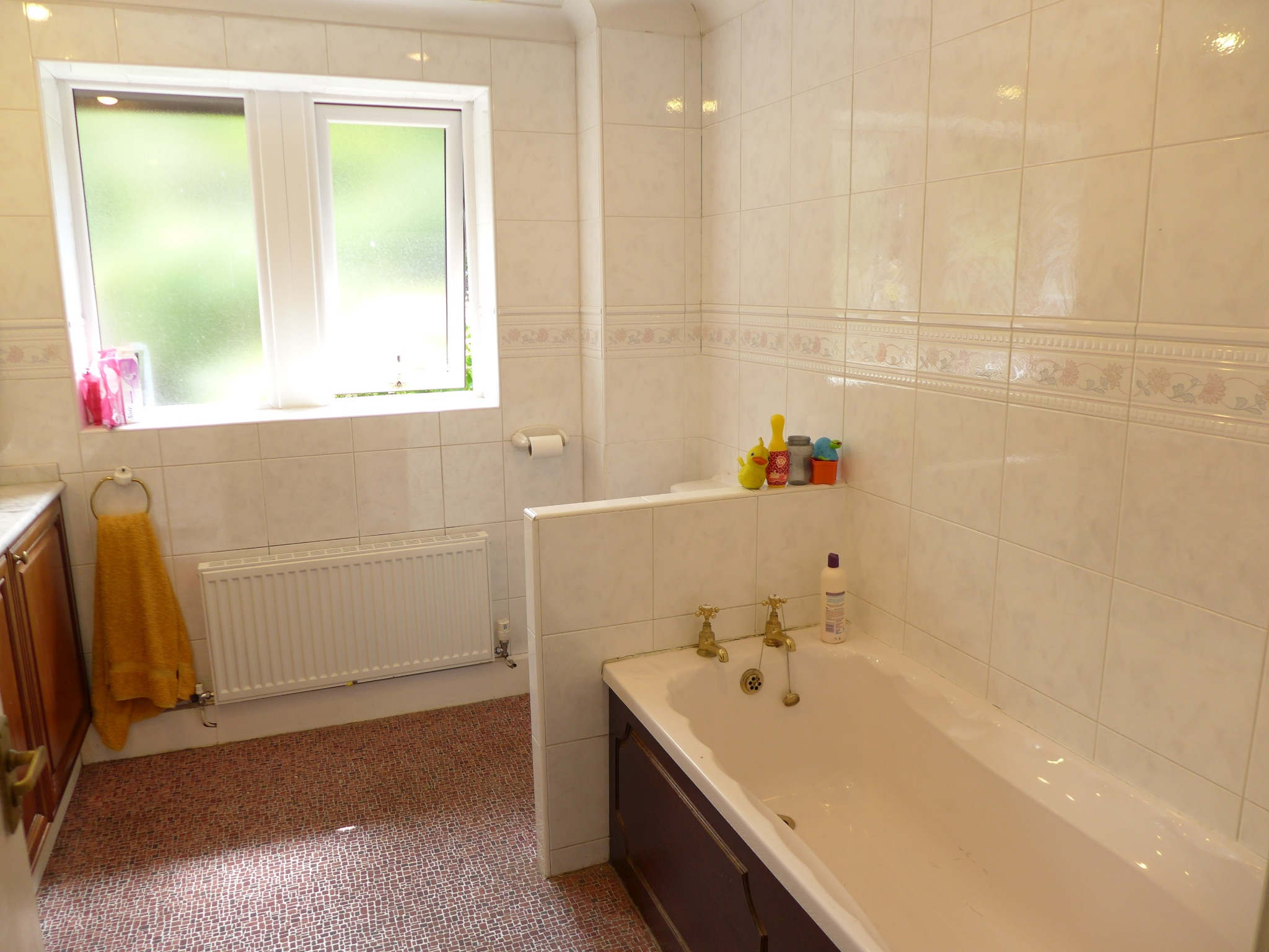 4 bedroom detached house For Sale in Todmorden - Photograph 15.