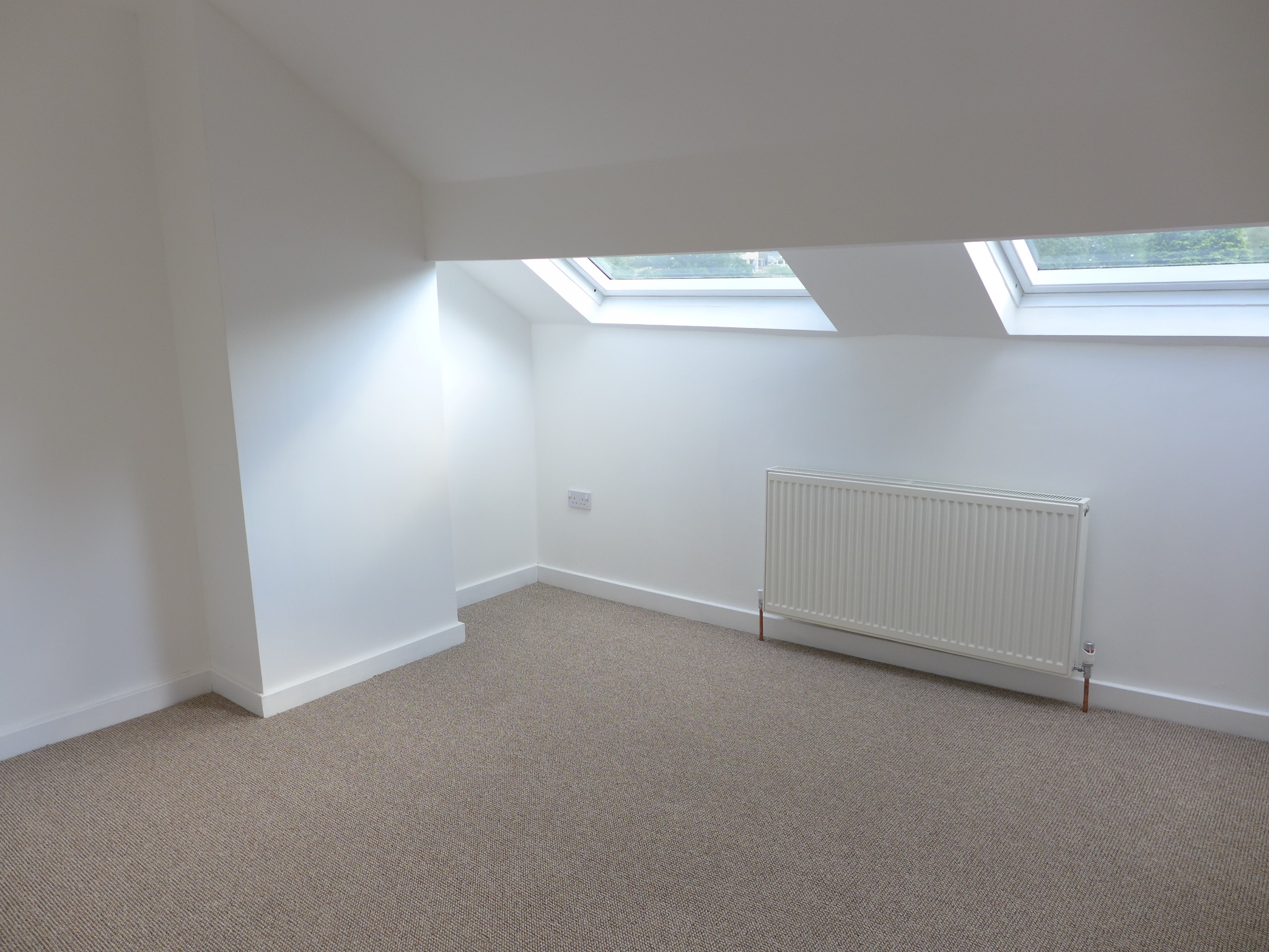3 bedroom mid terraced house For Sale in Todmorden - Photograph 15.