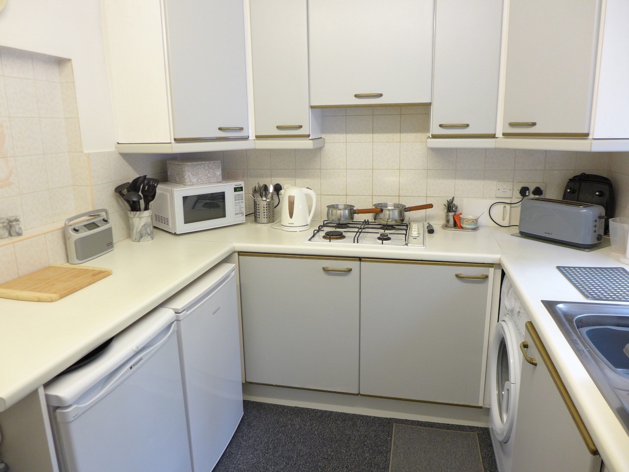 3 bedroom mid terraced house For Sale in Calderdale - Photograph 7.