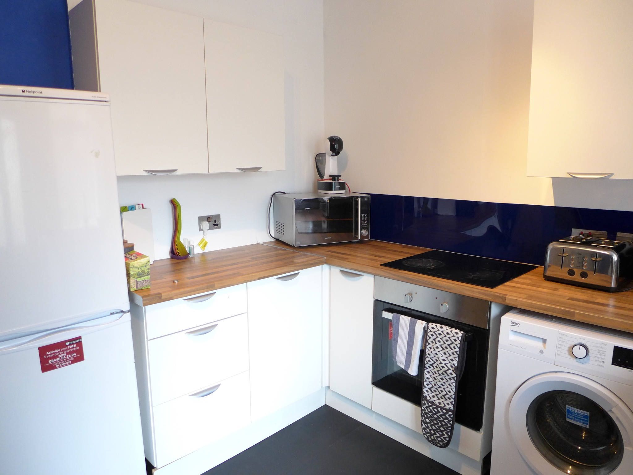 3 bedroom end terraced house For Sale in Todmorden - Photograph 6.