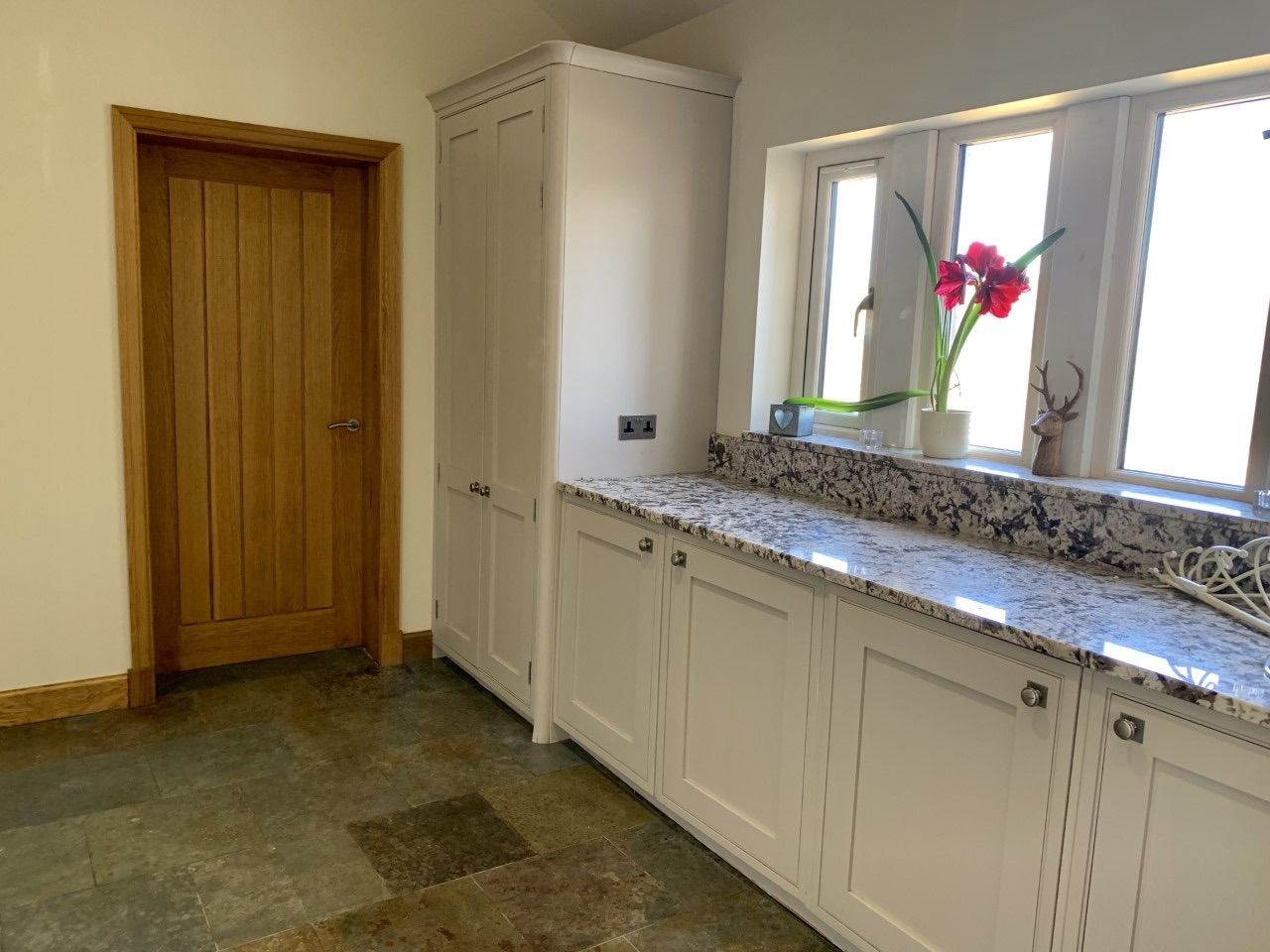 3 bedroom detached house For Sale in Todmorden - Photograph 16.