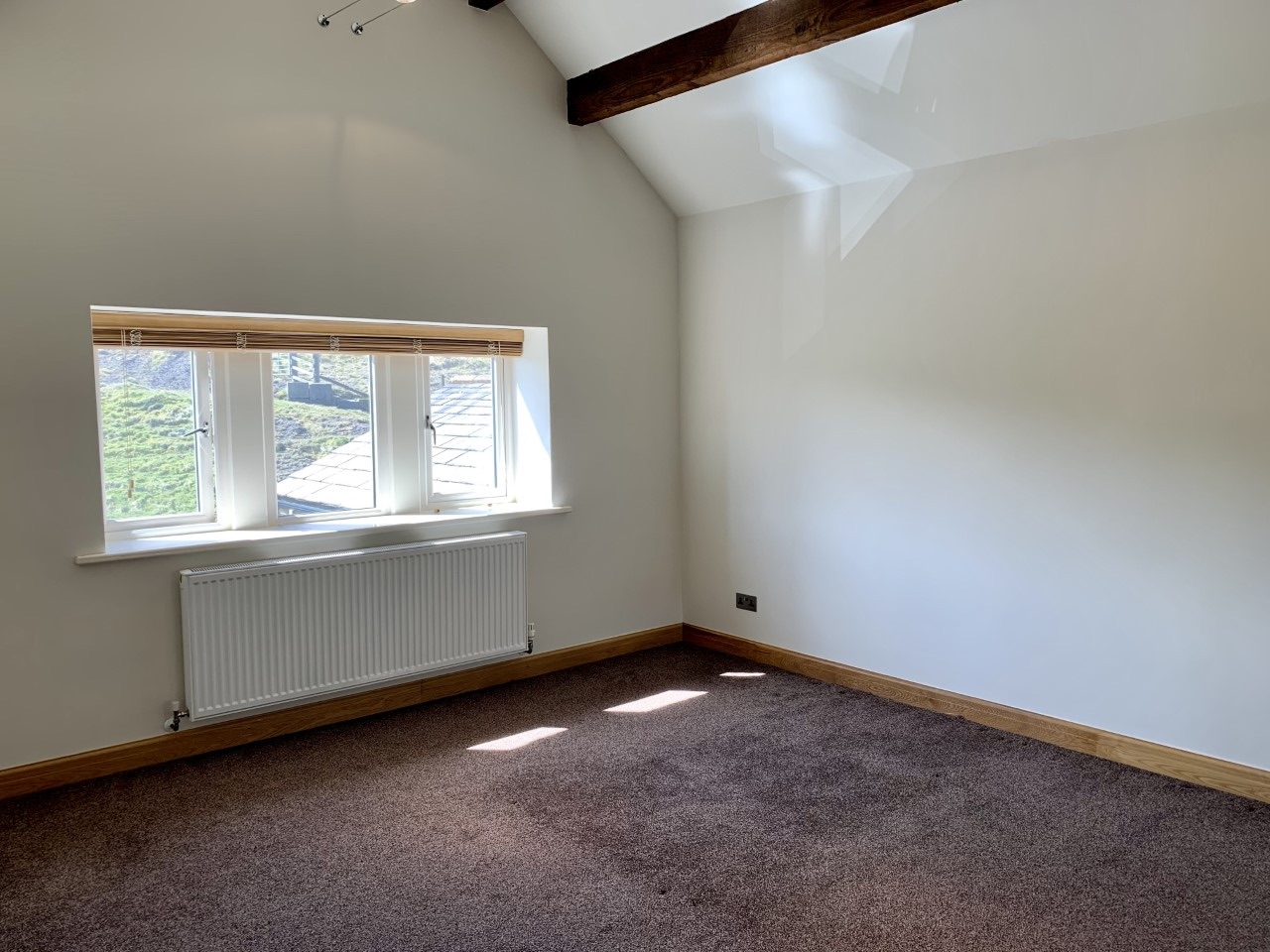 3 bedroom detached house For Sale in Todmorden - Photograph 23.