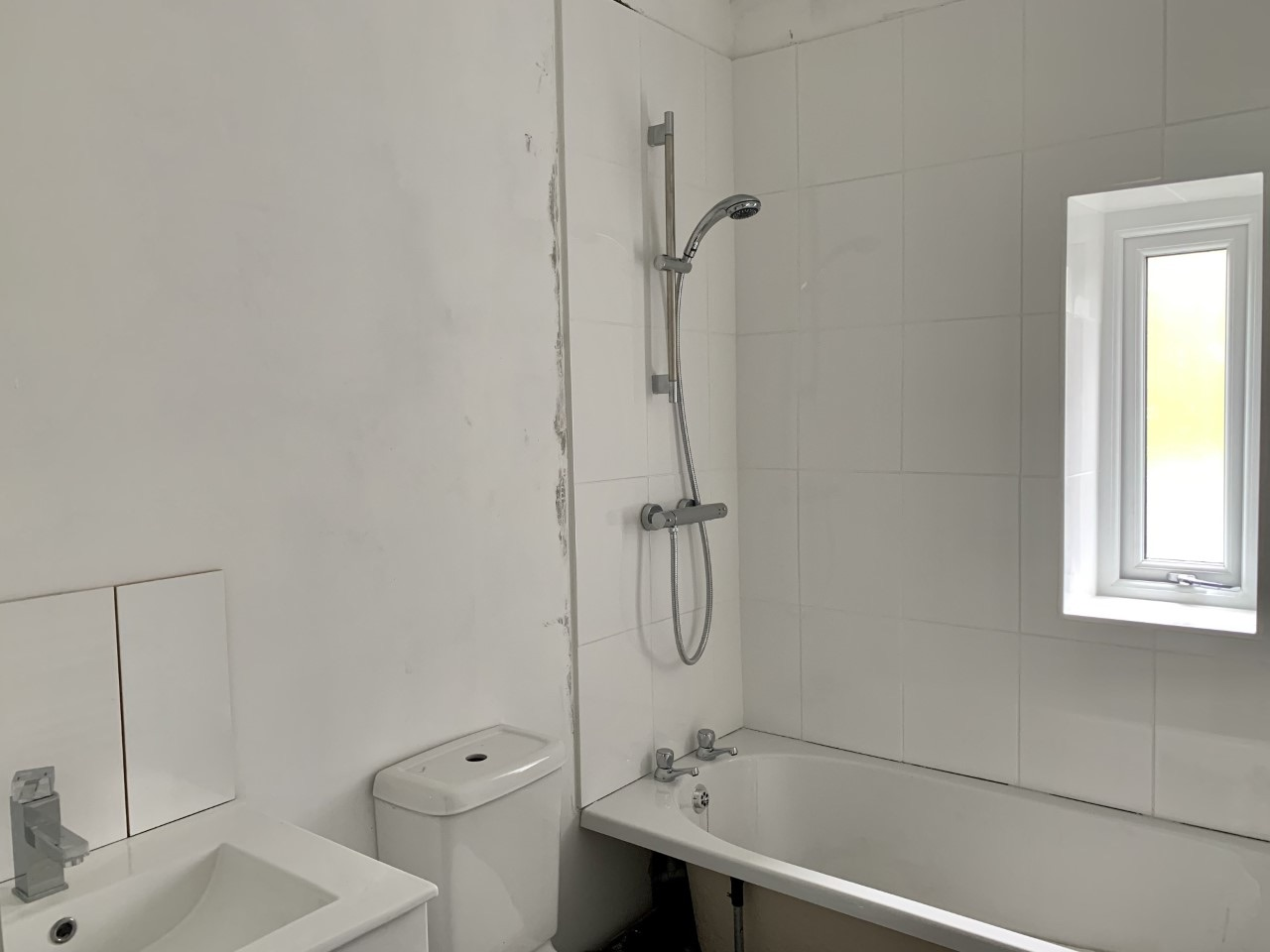 3 bedroom mid terraced house For Sale in Calderdale - Photograph 9.