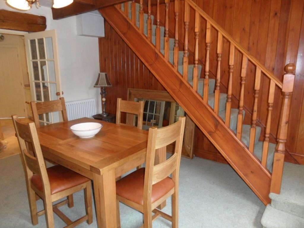 3 bedroom detached house For Sale in Calderdale - Photograph 10.