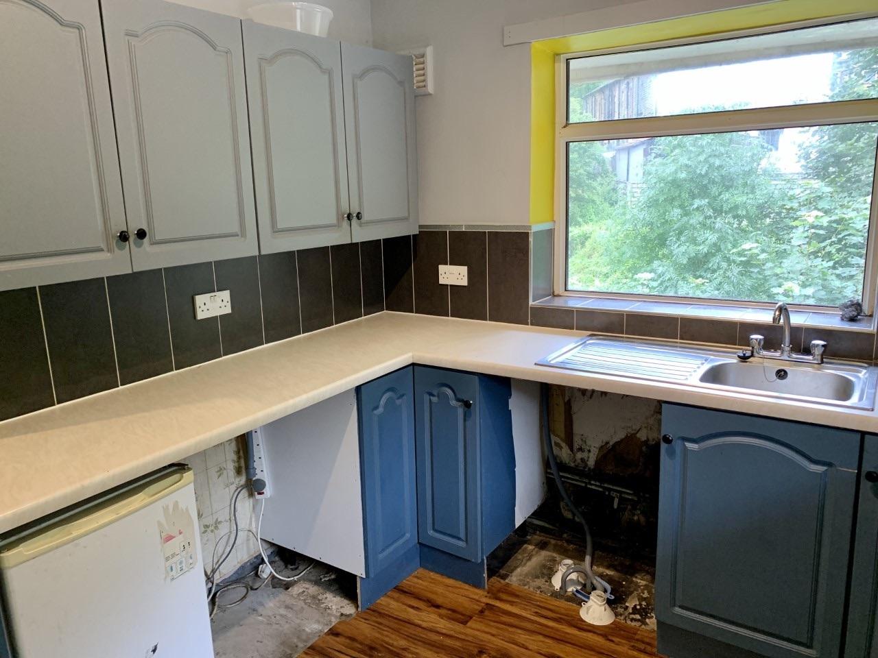 2 bedroom maisonette flat/apartment For Sale in Todmorden - Photograph 5.