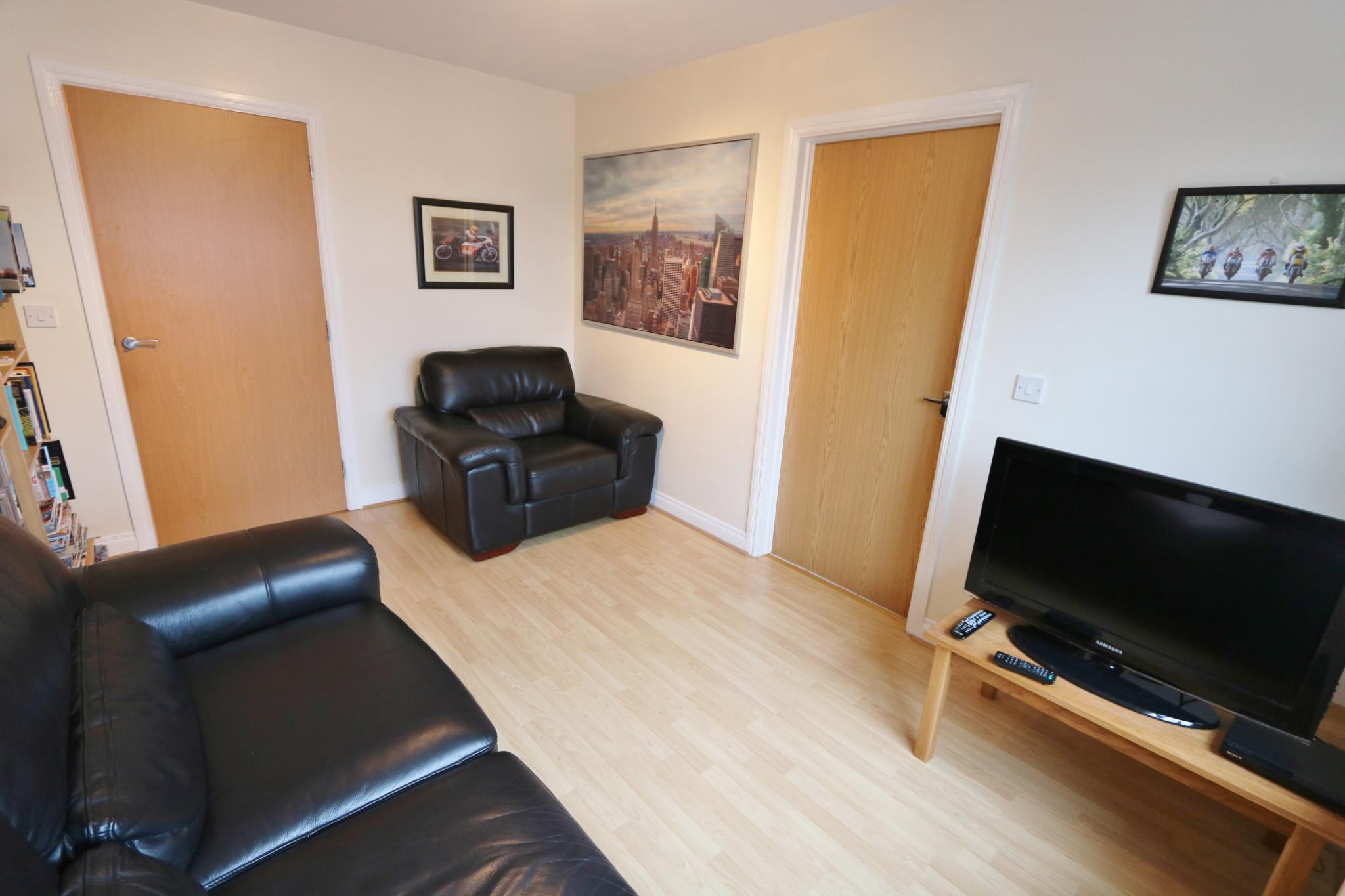 2 bedroom apartment flat/apartment For Sale in Antrim - Property photograph