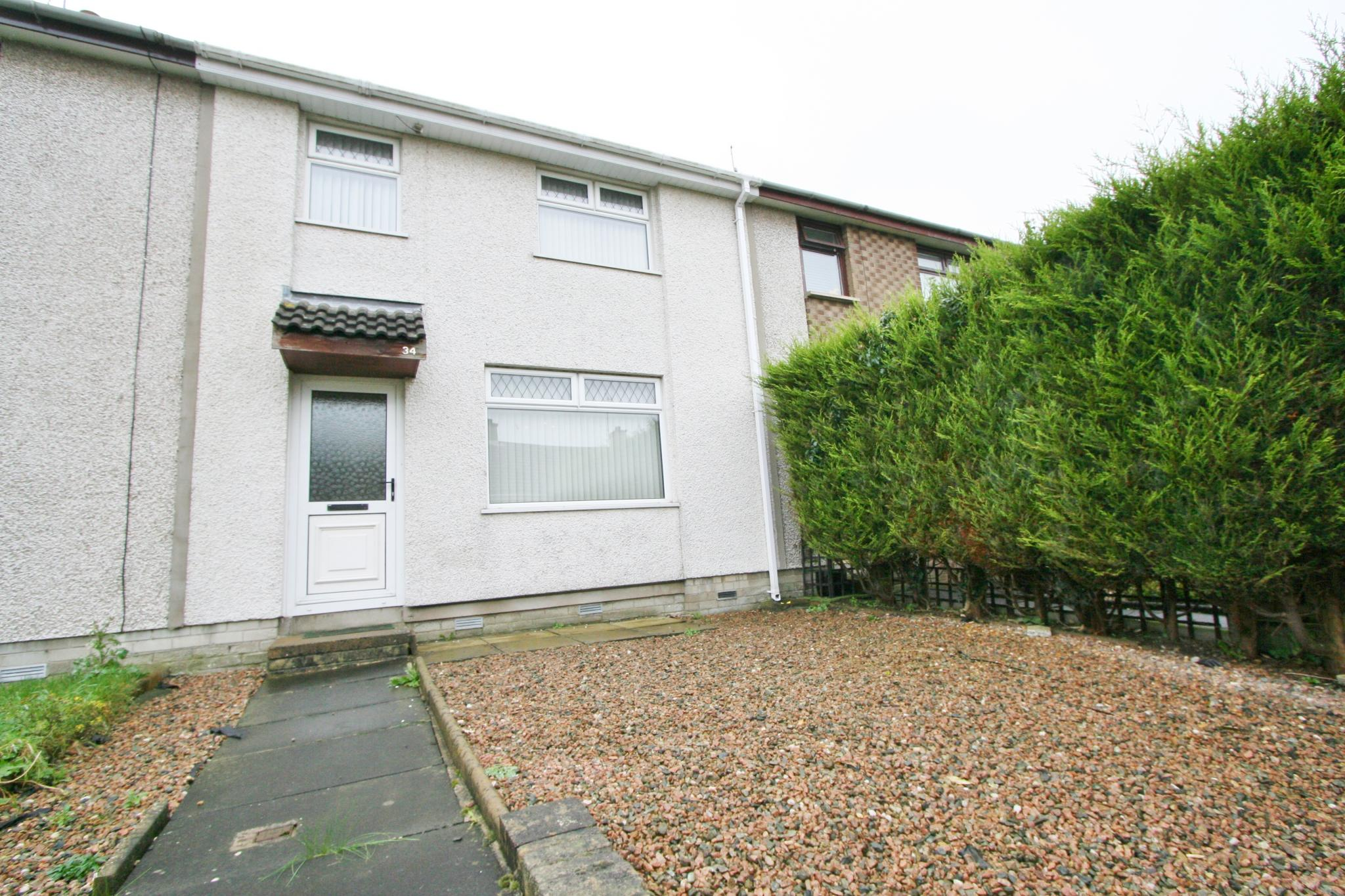 3 bedroom mid terraced house Sale Agreed in Antrim - Property photograph