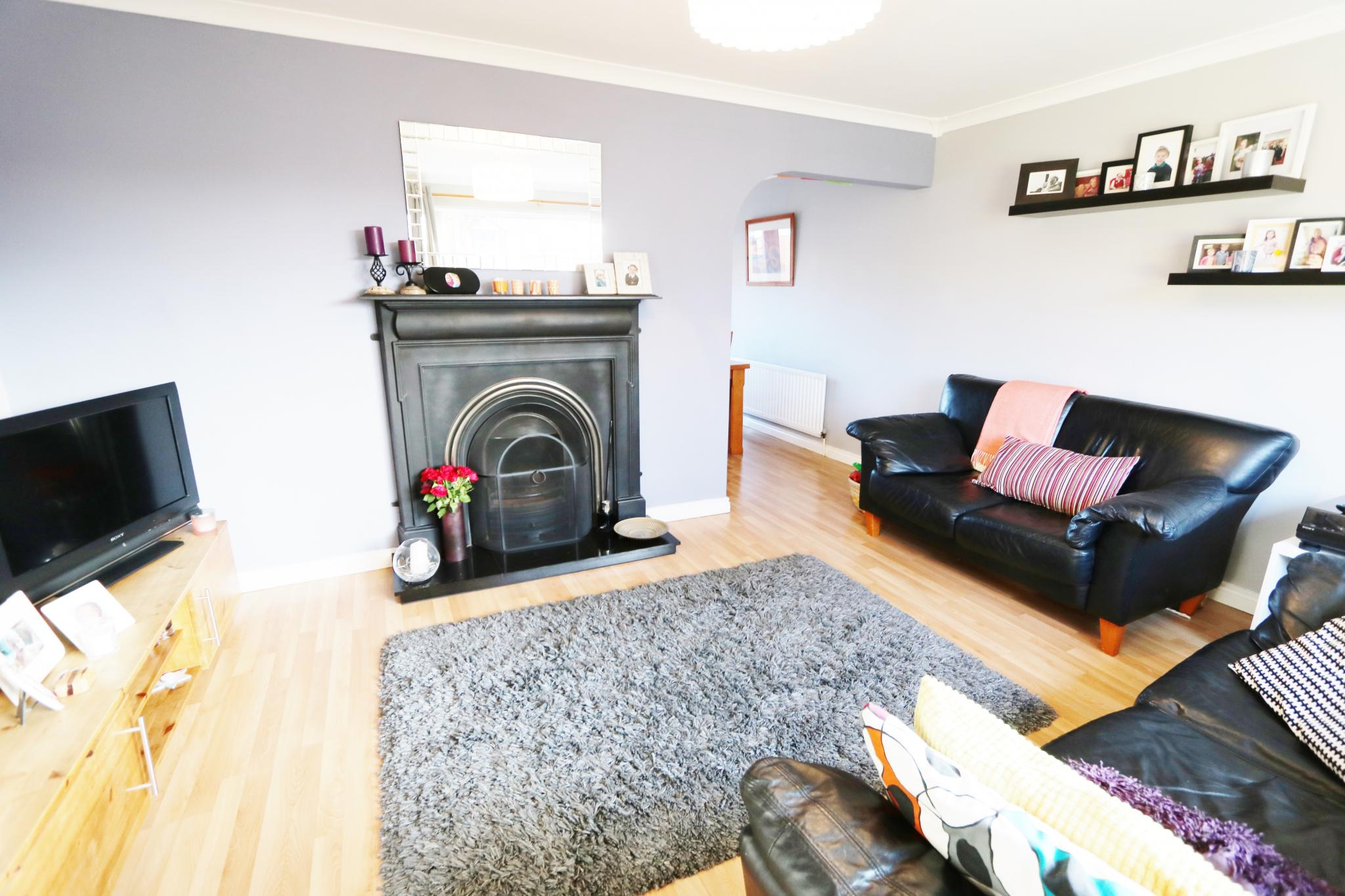 3 bedroom detached house Sale Agreed in Antrim - Property photograph