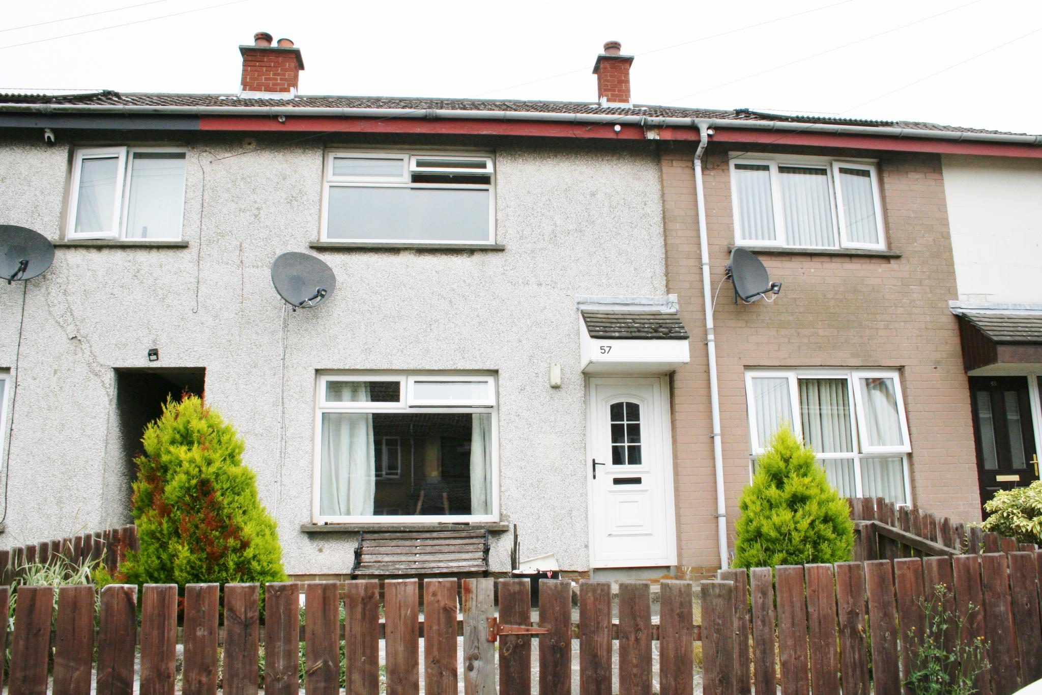 2 bedroom mid terraced house For Sale in Antrim - Property photograph