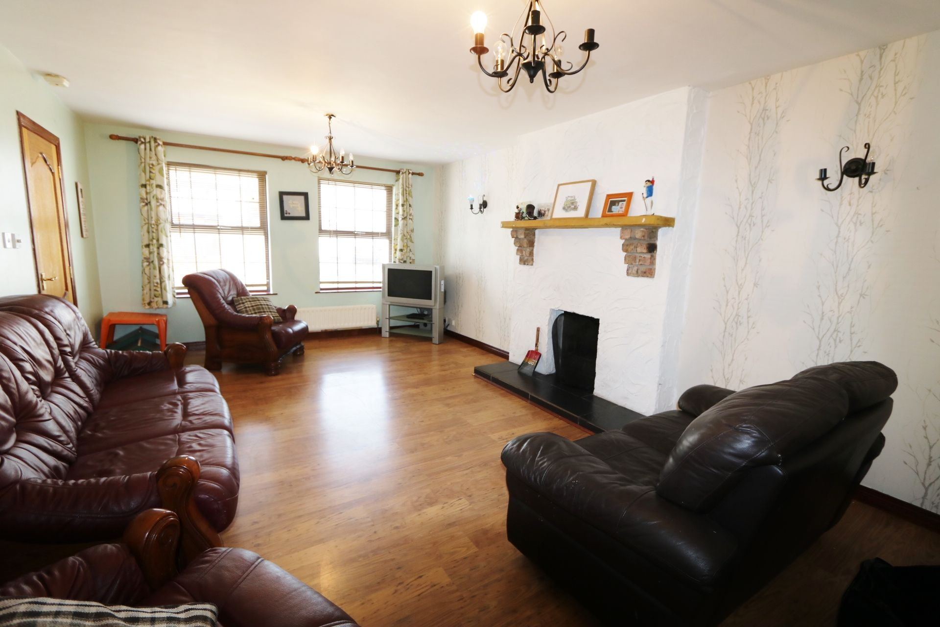 4 bedroom end terraced house For Sale in Kells - Property photograph