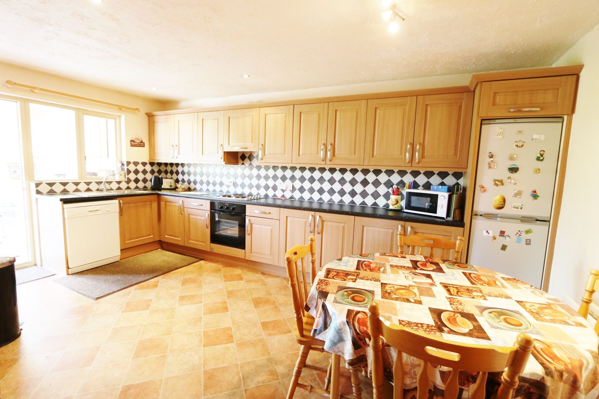 3 bedroom semi-detached bungalow For Sale in Crumlin - Property photograph