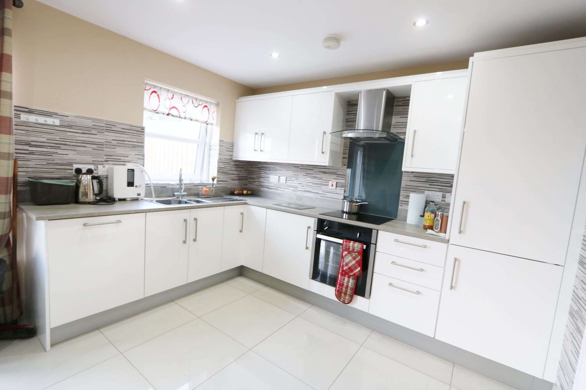 3 bedroom semi-detached house For Sale in Milltown, Randalstown - Photograph 4