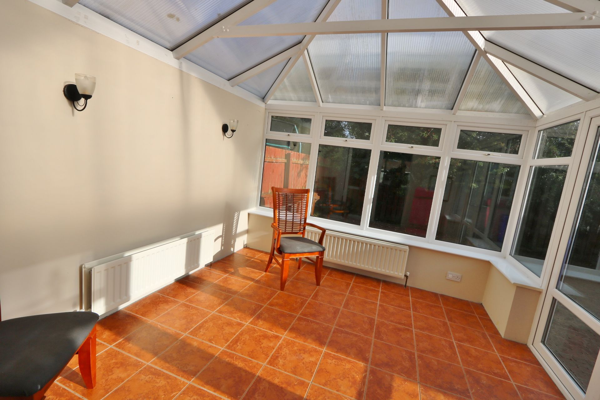 4 bedroom semi-detached house For Sale in Antrim - Photograph 5