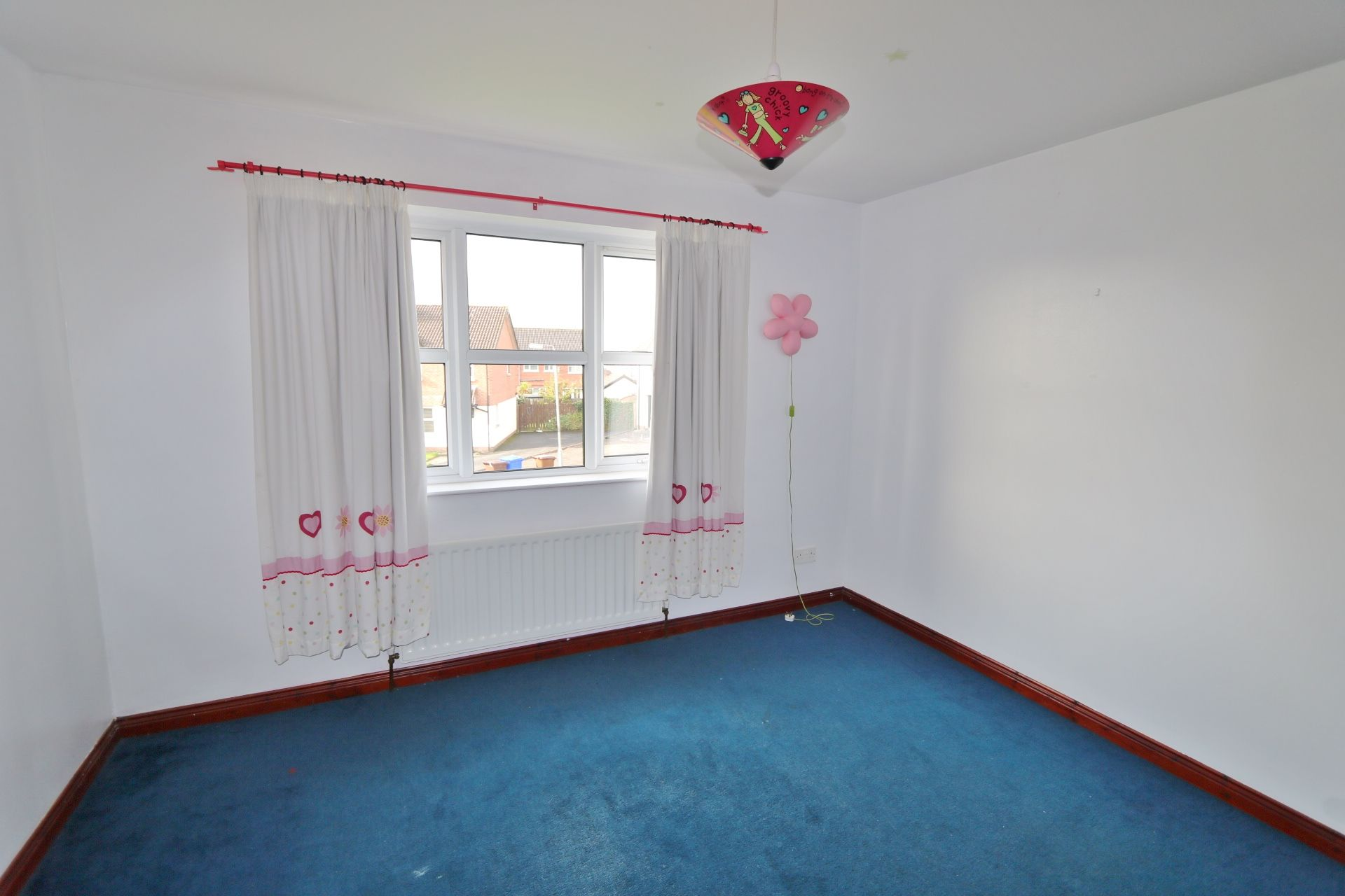 4 bedroom semi-detached house For Sale in Antrim - Photograph 10