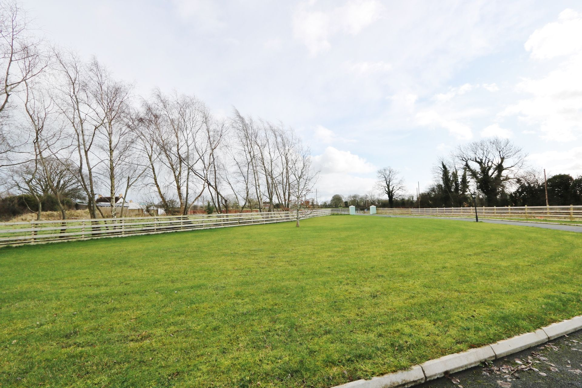 5 bedroom detached house Under Offer in Crumlin - Photograph 10