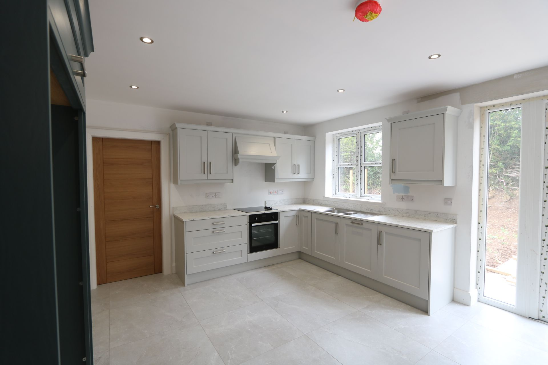4 bedroom detached house For Sale in Antrim - Photograph 5