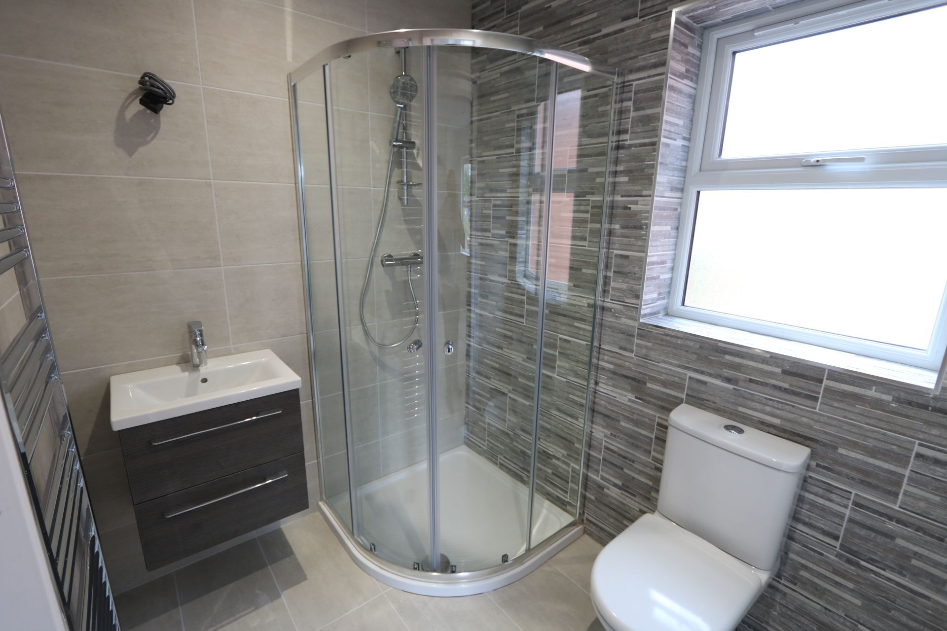 4 bedroom detached house For Sale in Antrim - Photograph 11