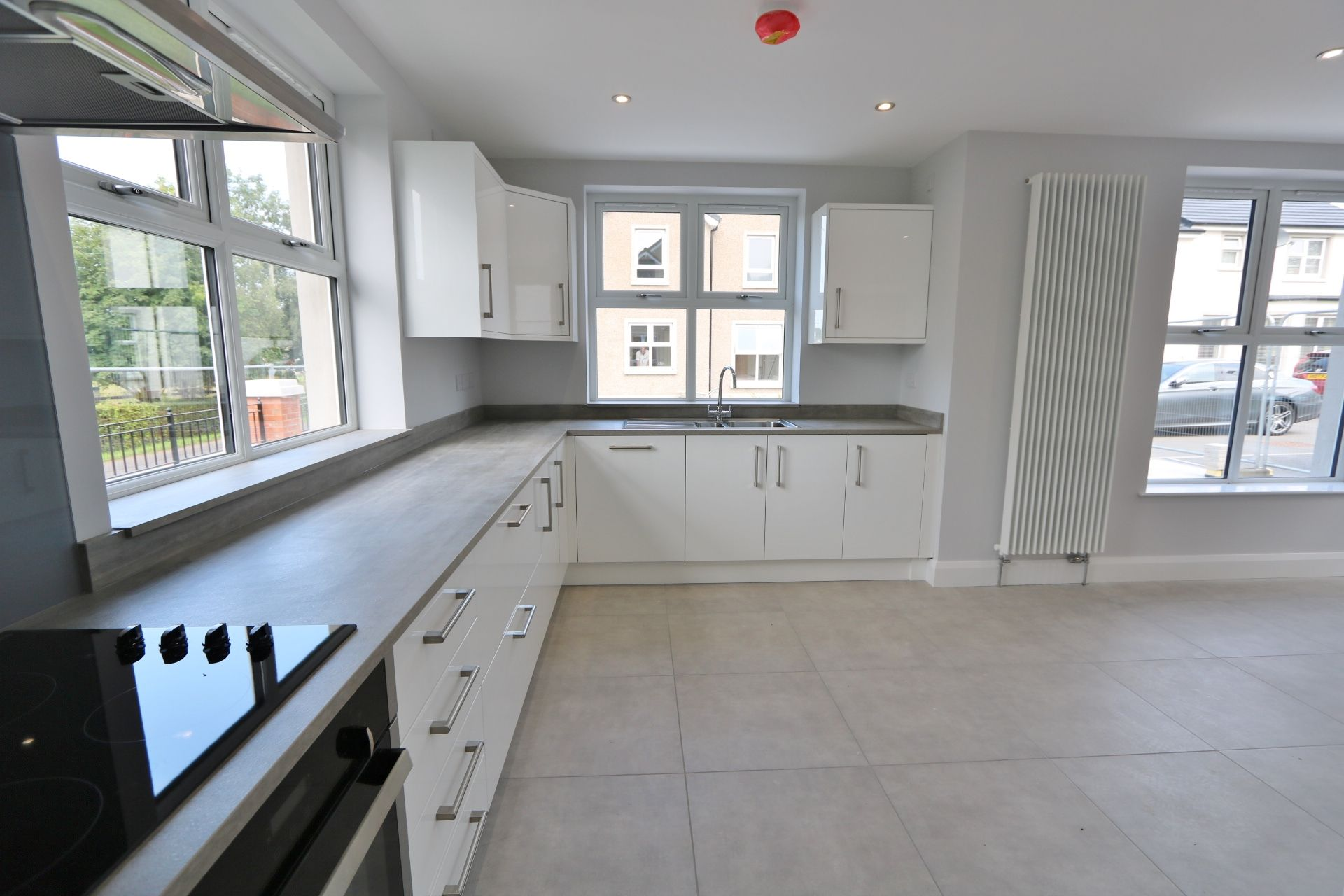 3 bedroom detached house For Sale in Milltown - Photograph 4