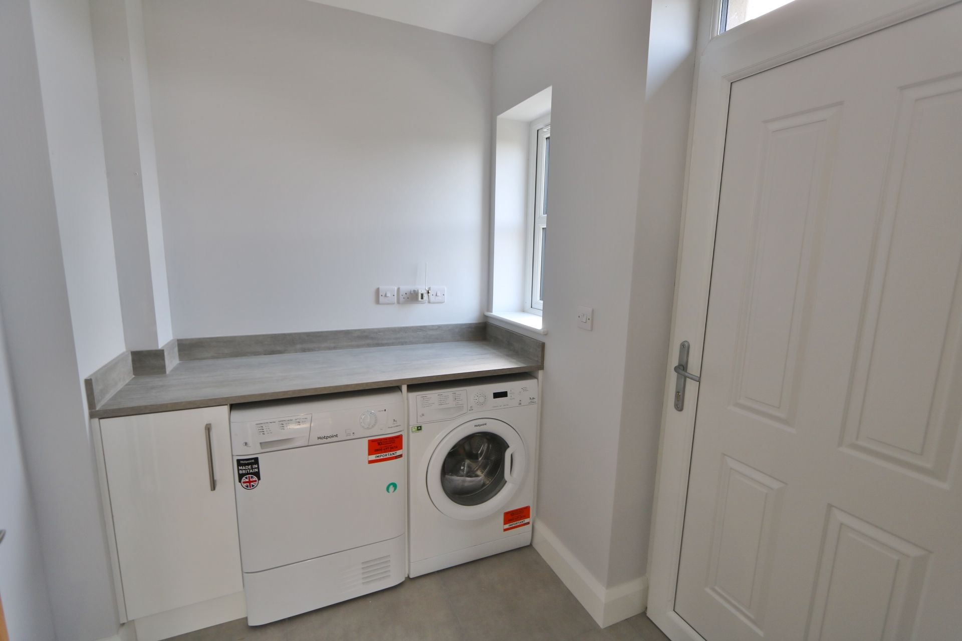 3 bedroom detached house For Sale in Milltown - Photograph 6