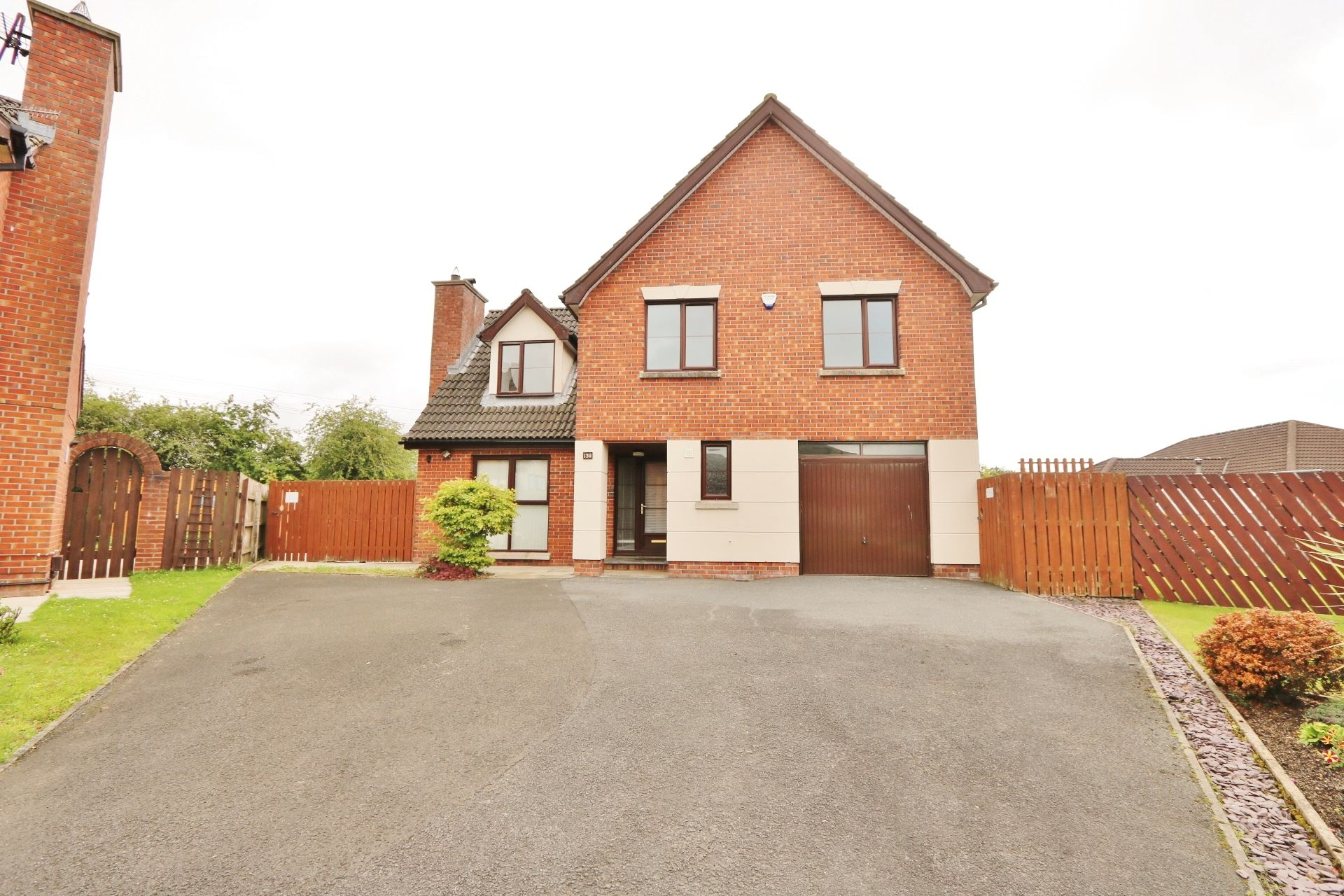 4 bedroom detached house Under Offer in Antrim - Photograph 1