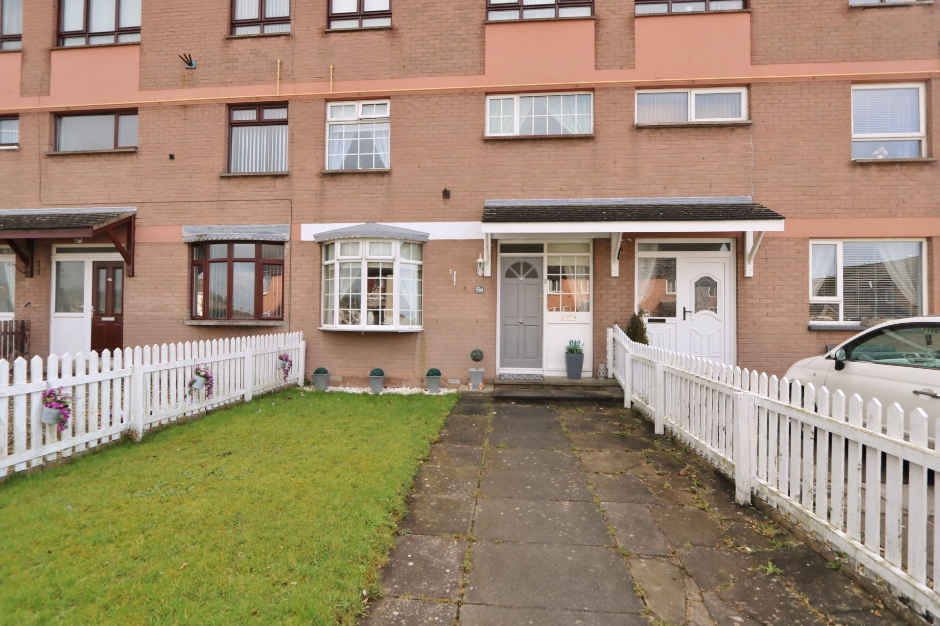 3 bedroom maisonette flat/apartment For Sale in Antrim - Property photograph