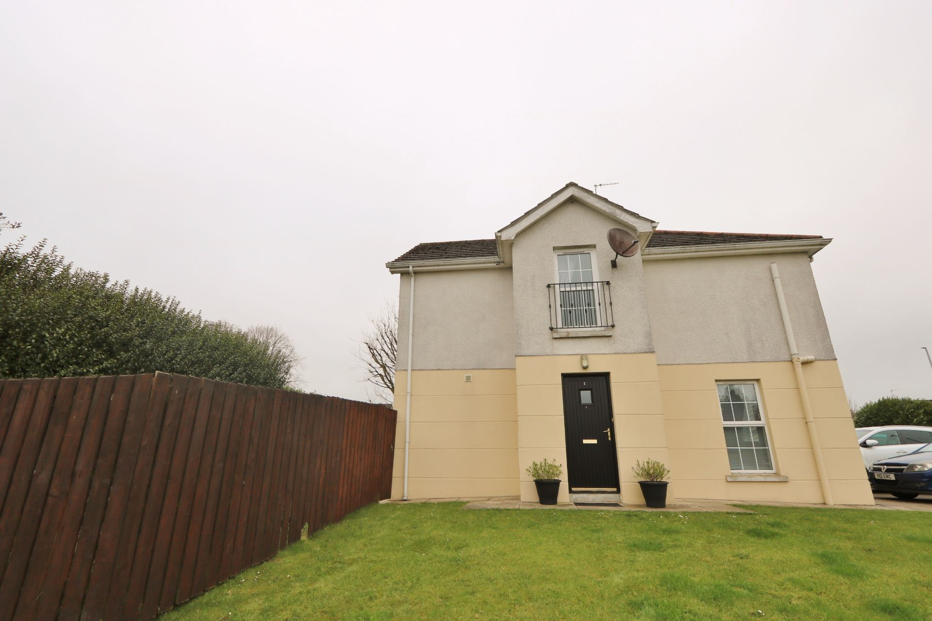 3 bedroom end terraced house For Sale in Antrim - Property photograph