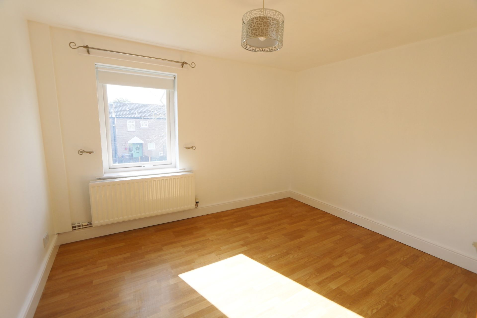 1 bedroom flat flat/apartment Under Offer in Antrim - Photograph 7