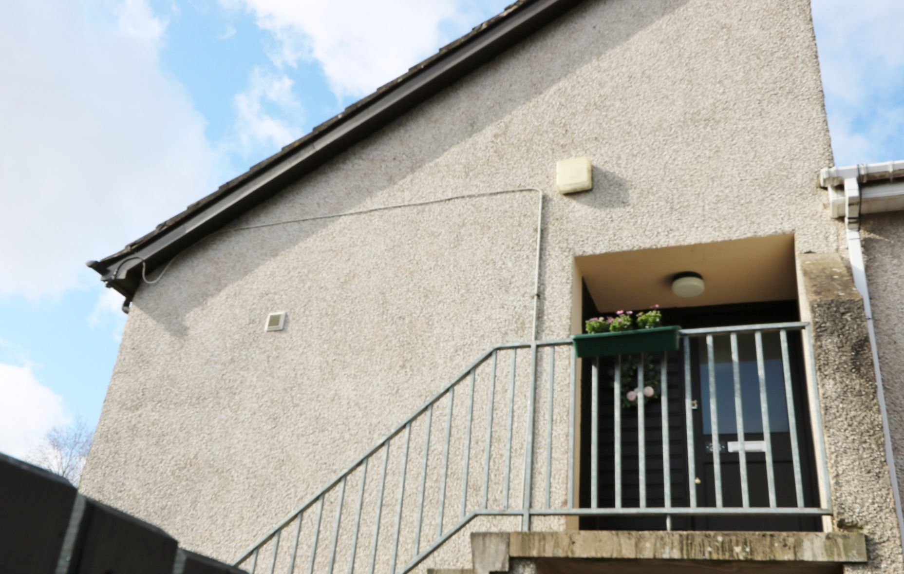 1 bedroom flat flat/apartment Under Offer in Antrim - Photograph 9