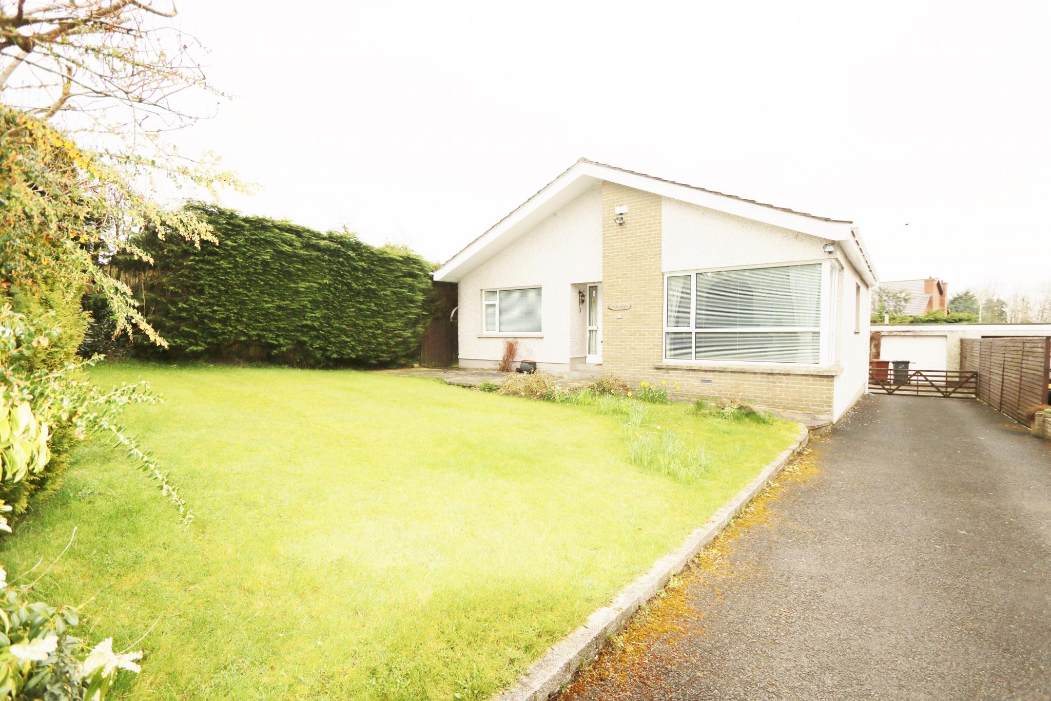 2 bedroom detached bungalow Sale Agreed in Antrim - Property photograph