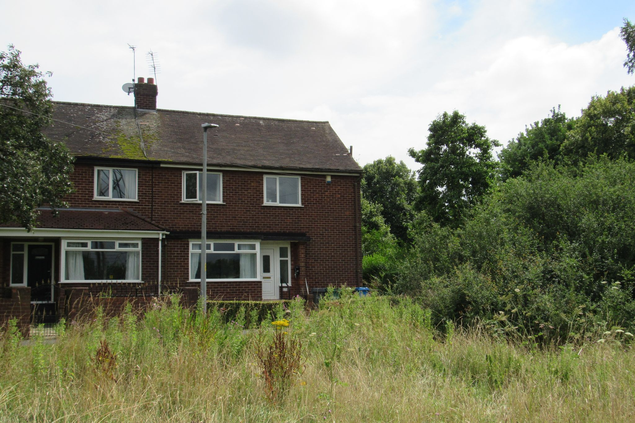 3 bedroom semi-detached house SSTC in Wythenshawe - Photograph 24.