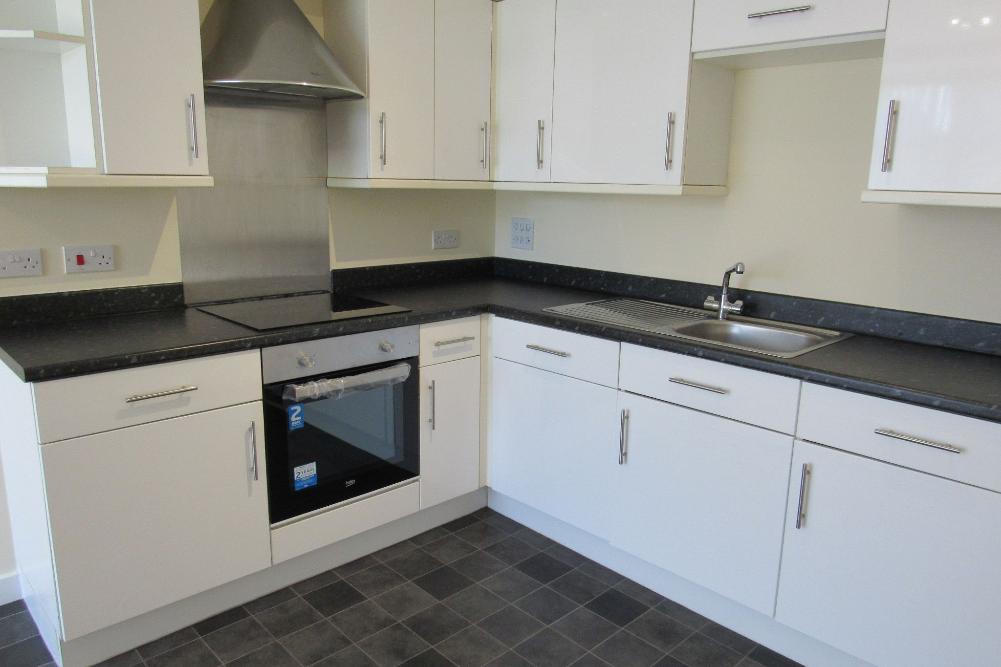 2 bedroom apartment flat/apartment For Sale in Manchester - Photograph 6.