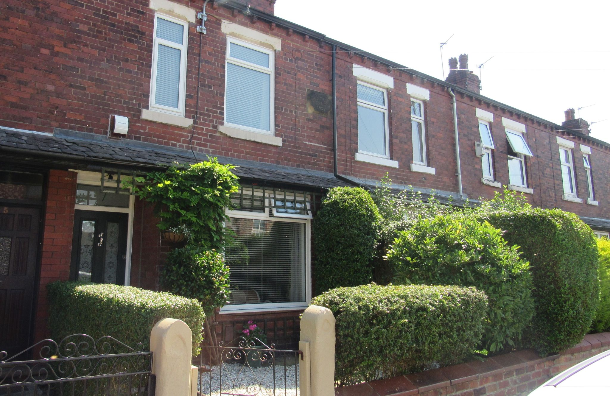 2 bedroom mid terraced house SSTC in Manchester - Photograph 2.